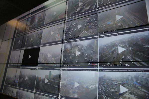 Мокрый снег обрушился на Владивосток: город «встал» в восьмибалльных пробках