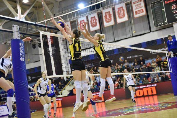 Волейболистки «Приморочки» проиграли второй полуфинальный матч чемпионата России
