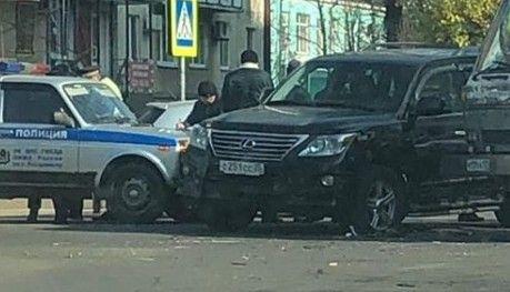 В Приморье полицейская «Нива» протаранила «Лексус»