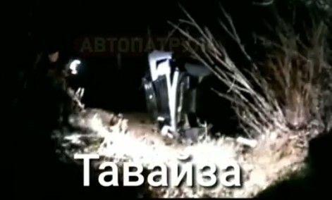 «Лексус» на огромной скорости «вылетел» в овраг в Приморье