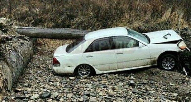 В Приморье машина «вылетела» с несуществующего моста