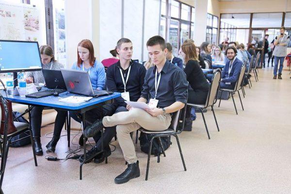 Приморские студенты проверили собственные силы в области менеджмента в формате бизнес-игры