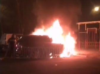 Во Владивостоке ночью опять полыхал автомобиль