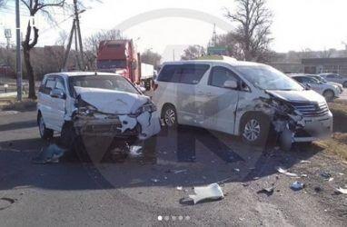 Женщина пострадала в жёстком лобовом ДТП в Приморье