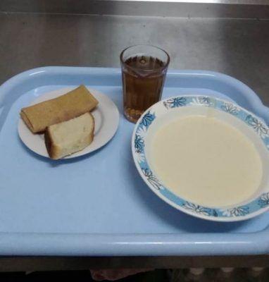 Из 25 школьников во Владивостоке к молоку не прикасаются только 2-3 человека — депутат
