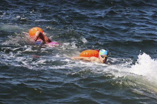 Мэр сахалинских Анив победил на соревнованиях по зимнему плаванию во Владивостоке