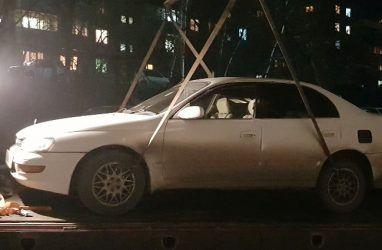В Приморье у должников за тепло арестовали 60 автомобилей и 13 объектов недвижимости