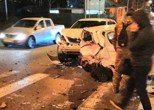Массовое ДТП во Владивостоке: столкнулись четыре автомобиля