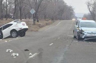 Ребёнок отвлёк автомобилистку в Приморье, после чего произошло ДТП