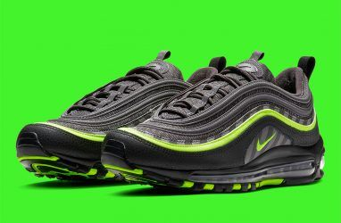 Nike продолжает радовать поклонников новыми моделями кроссовок 97-й серии
