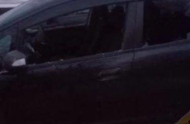 В Приморье неадекватная женщина разбила семь автомобилей