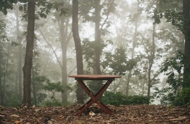 На что обратить внимание при выборе садовой мебели?