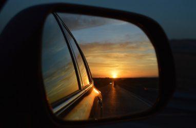 Город в Приморье атаковали воры автомобильных зеркал