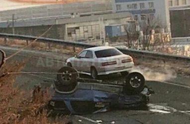 Загадочное ДТП в Приморье: перевернулся джип