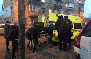 Наезд на семью во Владивостоке: водитель объявлен в розыск