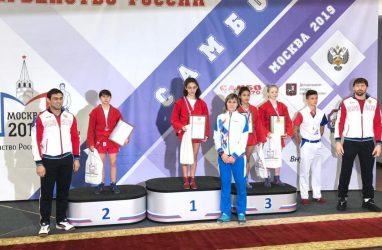 «Амазонка» из Владивостока завоевала «золото» на первенстве России по самбо