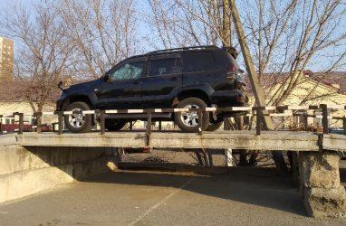Стало известно, почему возникают трудности в процессе регистрации транспортных средств в Приморье