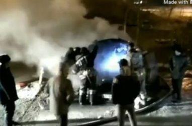 В центре Владивостока сожгли «Мерседес»