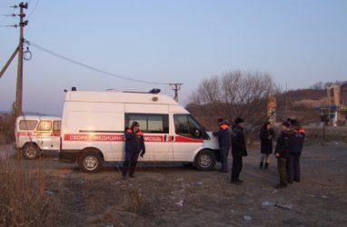 В Приморье машина с рыбаками провалилась под лёд