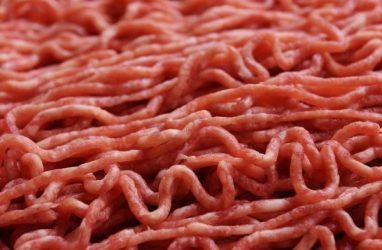 Мясом с эшерихиями чуть не накормили приморцев