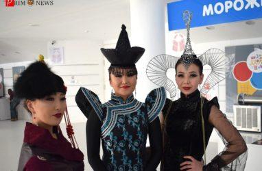 «Легенды Байкала — девять ветвей»: во Владивостоке стартовали гастроли Государственного цирка Бурятии