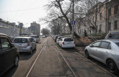 На ремонт проездов к дворам во Владивостоке выделили более 26 млн рублей