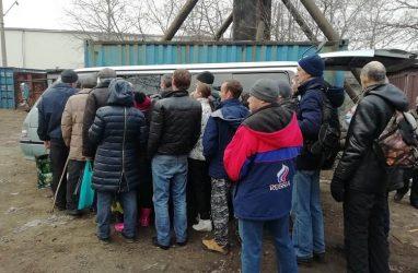 Соцавтобус помог сотням приморцев