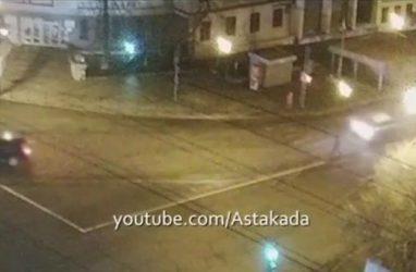 Во Владивостоке напротив Покровского храма сбили человека