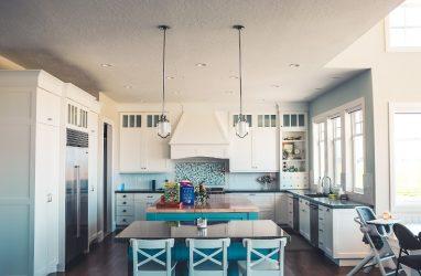 На что обратить внимание при покупке кухни?