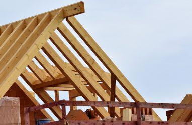 В Приморье утвердили государственную программу развития деревянного домостроения