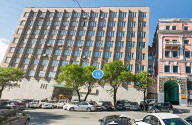 Приморский краевой суд объявил тендер на обследование здания в центре Владивостоке для последующего ремонта