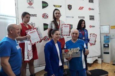 Спортсменки из Приморья отличились на турнире по боксу в Москве