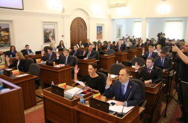 Новым почётным гражданином Владивостока стала Галина Алексеева