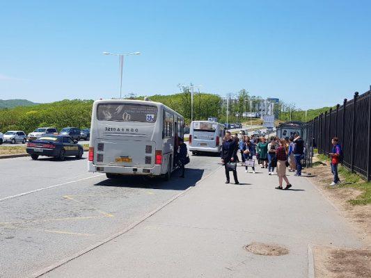 Автобус, остров Русский