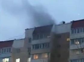 Сразу два пожара во Владивостоке: огнеборцы не могут проехать — очевидцы