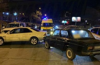 ВоВладивостоке водитель «Жугулей» стрелял ваварийного комиссара