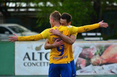 Футболисты «Луча» одержали победу в заключительном домашнем матче сезона