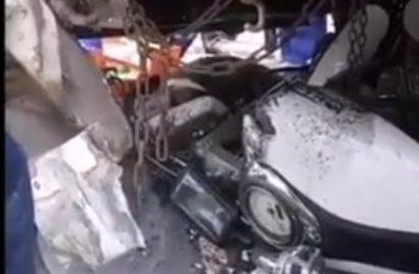 Жуткое ДТП в Приморье: мотоцикл «влетел» под автобус
