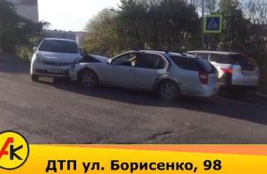 Лобовое ДТП произошло во Владивостоке