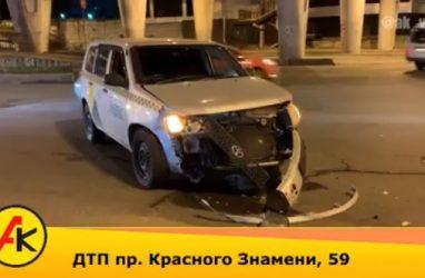 Последствия жёсткого лобового ДТП во Владивостоке записали на видео