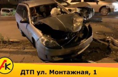 «Машины в хлам»: во Владивостоке влобовую столкнулись Mark ll и Nissan