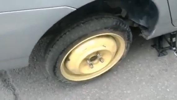 Пробил колесо в Уссурийске