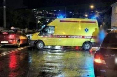 Пешехода сбили на одной из улиц Владивостока