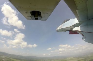 Боевые пуски ракет «воздух — воздух» выполнили новейшие истребители в Приморье