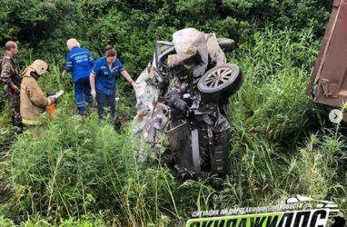 В ДТП в Приморье погибло шесть человек — видео с места трагедии