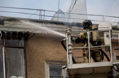 Техника МЧС во Владивостоке способна тушить пожары в домах до 17-ого этажа — ведомство
