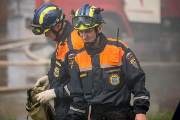 МЧС, пожарные