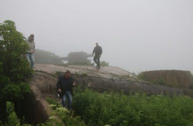 Один из фортов Владивостокской крепости атаковали вандалы