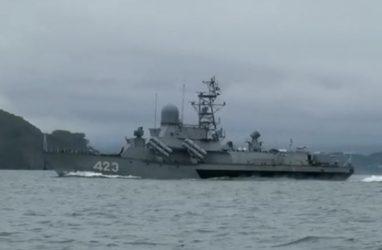 Модернизированный малый ракетный корабль ТОФ прибыл во Владивосток для участия в праздновании Дня ВМФ
