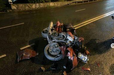 Мотоцикл вдребезги: серьёзное ДТП произошло во Владивостоке